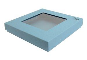 Pudełko na kartkę kwadratową z kwadratowym okienkiem - niebieskie ze strukturą - GoatBox